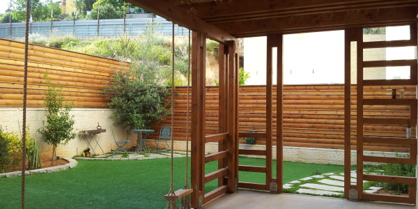 Garden with Pergola | Garden Apartment on Rabbi Yannai