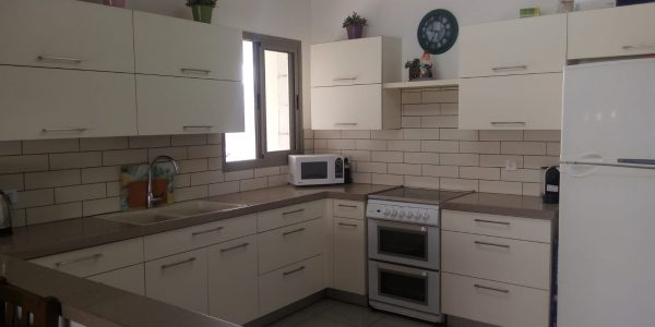 Kitchen | Apartment on Rabbi Yannai St.