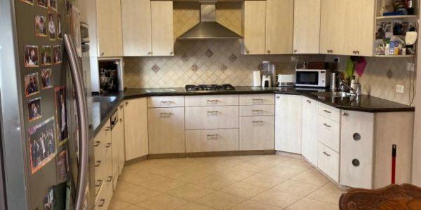 Kitchen | Cottage on Nachal Luz, Ramat Beit Shemesh Aleph