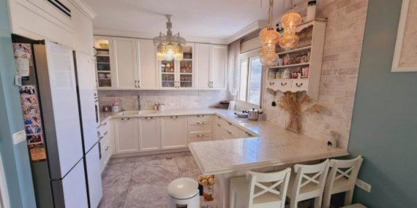 Kitchen | Apartment on HaRav Mordechai Eliyahu Street, Ramat Beit Shemesh