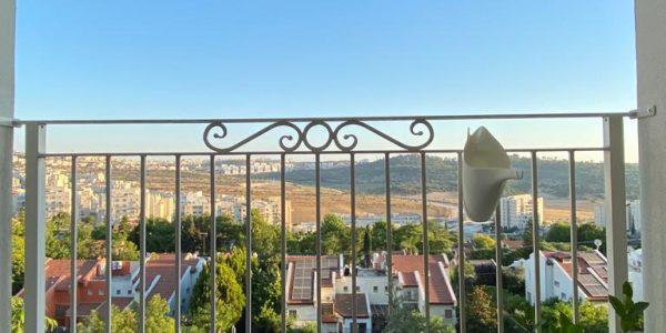 Balcony | Apartment on Reuven St - Sheinfeld, Beit Shemesh